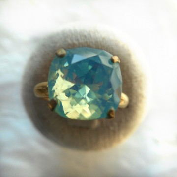 Bague jonc or turquoise opale